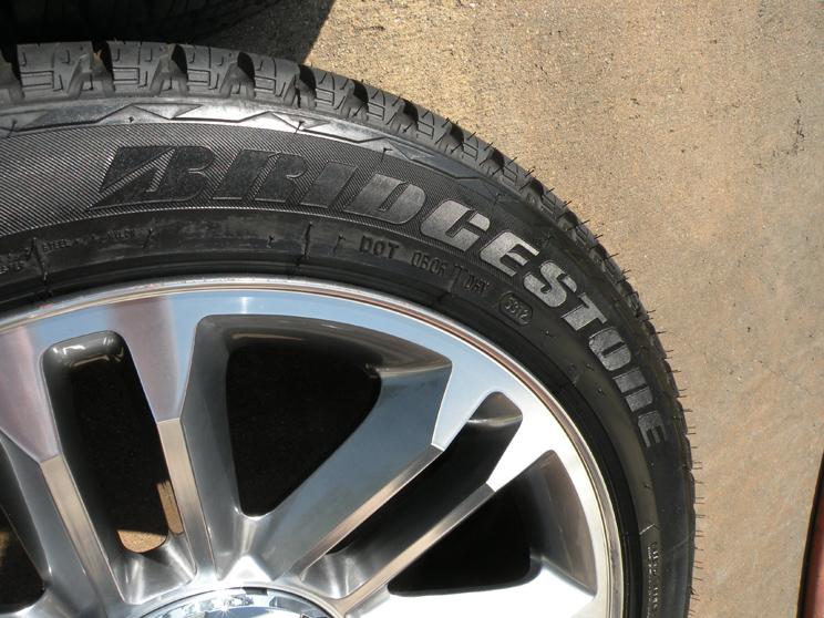 "22"" Cadillac Escalade Platinum Wheels Factory Tires 2014 Tahoe Suburban"