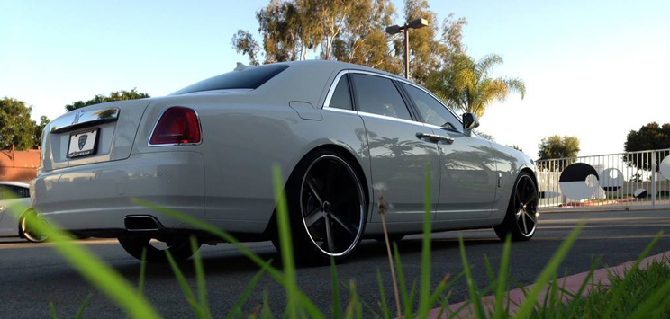 "24"" Giovanna Verona Wheels Black Rolls Royce Ghost Lip HRE Sport Pirelli Tires"